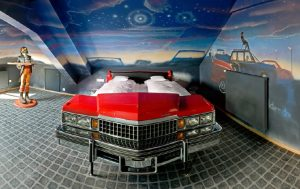 Red-Cadillac-Car-Bed