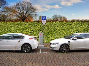 Kiedy tak zacznie wyglądać każdy parking? Wygląda na to, że za 20-30 lat. Źródło: Pixabay.com.